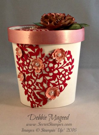 Bloomin' Love, Bloomin' Heart, Merry Everything, Valentine's Day, Gift Box, Love Blossom Embellishment Kit, Side view